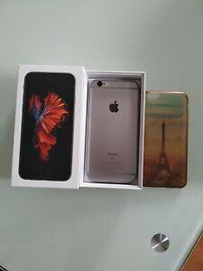 Apple iPhone 6s - 16 Go - Gris Sidéral (Désimlocké)pour piéce.