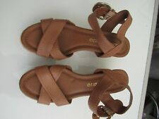 PREOWNED WOMENS Franco Sarto Brown Leather Wedge Ankle Strap SZ 6.5 (S102)