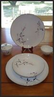 Cherry Blossom Vintage Fine China Dinner Plates Tea Cup 7 pieces EUC
