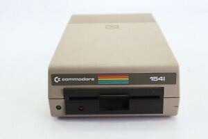 """Vintage Original Commodore 64 1541 5-1/4"""" Floppy Disk Drive Powers Up A"""