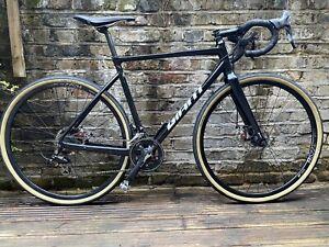 Giant TCX SLR1 - M Frame - CX Gravel Road Bike - Shimano 105 Cyclecross