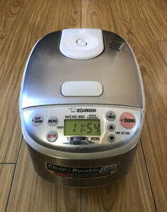 Zojirushi NS-LAC05 3-Cup Rice Cooker BRAND NEW