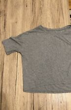 Lululemon Short Sleeve Crop Top Size 8 Grey