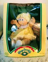 CABBAGE PATCH KIDS Girl Doll w/1 Front Tooth Amelinda Jacky 1984 Coleco In Orig