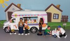 Kinsfun Ice Cream Truck - approx. 1:43 scale -  w/ Homies figures