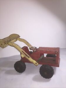 Triang Tinplate Shovel Tractor