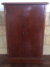 Wooden CD Media Cabinet 2 Door Furniture Freestanding Music Storage 120 Cd's