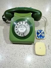 Retro GPO 8746 Telephone in two tone green in good condition.