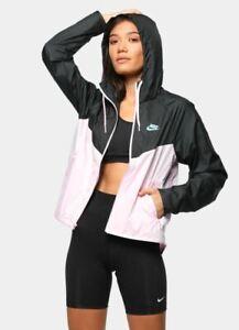 Nike Women's Sportswear Windrunner Jacket Pink / Black XS