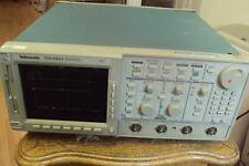 Tektronix TDS644A digitizing Oscilloscope 500Mhz FV: v3.8.5e Opt. 13,1F,2F