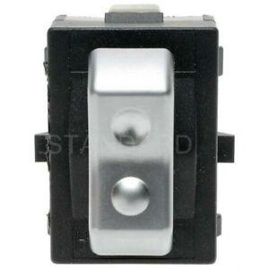 Standard Motor Products DS1670 Door Lock Switch