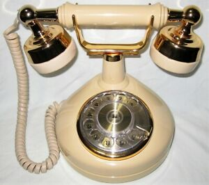Western Electric Rotary Dial French Style Cradle Desk Phone Beige Gold Vintage