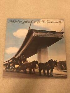 Doobie Brothers - The Captain And Me Vinyl LP