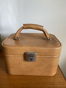 1970's Retro Faux Leather Vanity/Travelling Case - Vintage Luggage