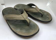 OLUKAI Mens HIAPO Green Leather Thong Sandals Size 12 Pre Owned