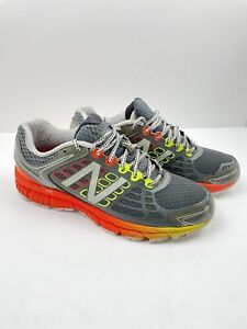 new balance Running Shoes Mens Size 10.5. Excellent Condition