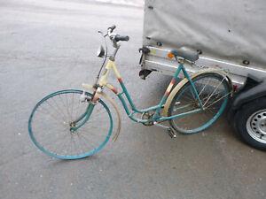 Diamant Fahrrad Damenrad DDR Kult Rad Rockebilly