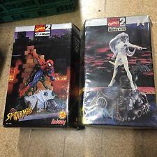 2 Maquettes Marvel Comics Spiderman Et Storm Neuve