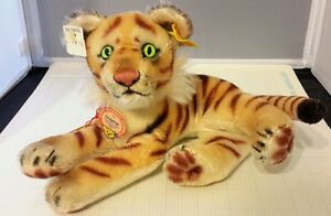 """NEW VINTAGE STEIFF """"ORIGINAL OF 2000 PIECES"""" LYING TIGER-MOHAIR #0112,17"""