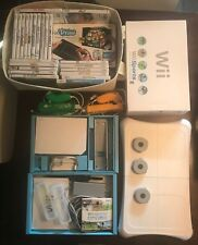 Nintendo Wii Console RVL-001 Box/4 controllers/balance board/Udraw/23 games Used