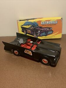 Mego Corp Batmobile 1974 w/Box