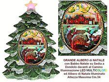 ALBERO con BABBO NATALE su SEDIA a DONDOLO DAVANTI al CAMINO e LUCI LED 834X034