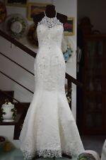 Lace wedding dress (used)