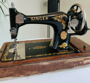 Vintage Singer 128K Hand Crank Sewing Machine Bentwood Case Rococo  Decal