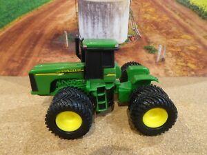 ERTL John Deere Tractor diecast model