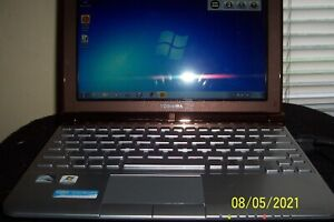 Toshiba Mini NB305 Netbook Used/Preowned Excellent Condition