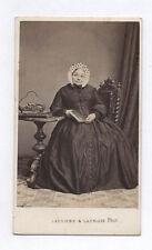 PHOTO ANCIENNE CDV Femme Coiffure Mode Lacombe & Lacroix Genève Livre Vers 1870