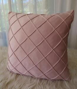 45CM X 45CM ** Powder Pink Softest Velvet Diamond Pleated Pillow Cushion Cover