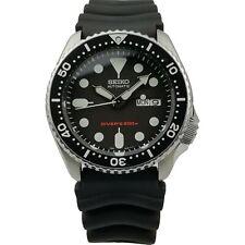 Seiko Diver's 200m Automatic 42mm Steel Case Black Rubber SKX007K1 PREOWNED