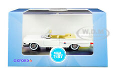 1961 CHRYSLER 300 CONVERTIBLE WHITE 1/87 (HO) DIECAST CAR BY OXFORD 87CC61003