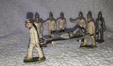 QUIRALU ALUDO - 8 soldats Brancardiers  Anglais ou Usa