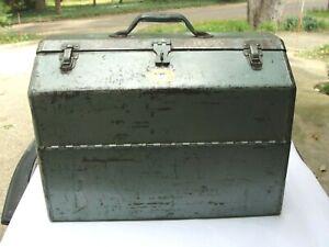 "Vintage 1950s Simonsen Chicago Tool /Tackle Box Large 18"" Original Paint & Decal"