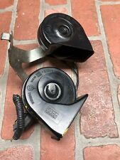 2013-2016 FORD FUSION LOW & HIGH NOTE TONE PITCH SIGNAL HORN W/ BRACKET SET OEM
