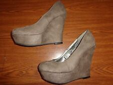 Mossimo WEDGE SHOES WOMEN'S SIZE 8 1/2  (5 INCH HEEL)