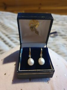 9ct Yellow Gold Pearl and Diamond Threader Earrings - New and Boxed