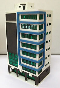 Outland Models Railway Colored Modern City Building Tall Shopping Mall N Gauge