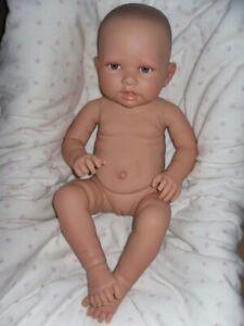 Traumdolls Doro Dolls Babypuppe Newborn 53 cm Vollvinyl Mädchen Baby Puppe