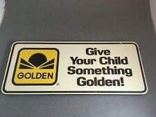 Golden Look books sign