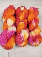 Handgefärbte Sockenwolle 4 fach 100 g - FARBZAUBER  2811