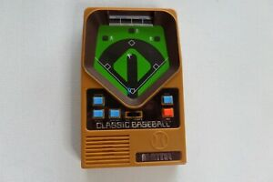 2001 Mattel Classic Baseball Handheld Game Tested and Working