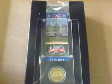 THE HIGHLAND MINT WRIGLEY FIELD CUBS TICKET ACRYLIC DESK TOP MEDALLION COIN