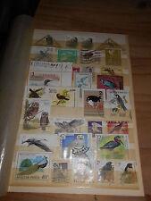 Album - Seite voll mit alten Briefmarken Motiv Vogel Vögel