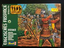 Revell OO/HO 1/72 English Foot Soldiers 32 Medieval Soldiers Boxed 2562
