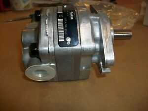 Parker Hydraulic Gear Pump Motor  P12-45A-4K5   NEW