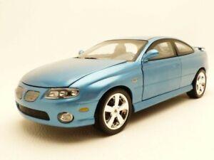 PONTIAC GTO bleu 2004 1/18