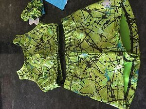 """New Gymnastic/Dance/cheer crop top set age 7-8 (28"""")by Snowflake-green knockout"""
